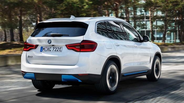 BMW Elektrikli SUV iX3
